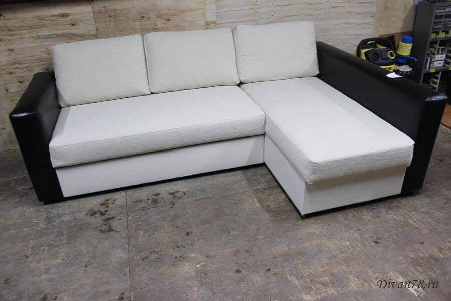 перетяжка углового дивана белого с черным