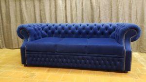 Диван красивый синий со спальным местом